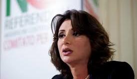 NEMO PROFETA IN  PATRIA:PERCHE' INSULTARE ANNA FALCONE???